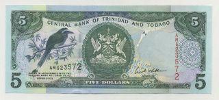 Trinidad & Tobago 5 Dollars 2002 Pick 42.  B Unc Uncirculated Banknote photo