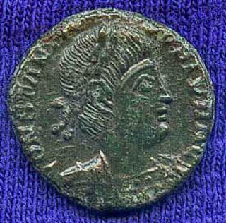 Roman Imperial - Constantine Ii (337 - 340ad) Ae 3/4 13mm Trier / Gloria Exercitvs photo