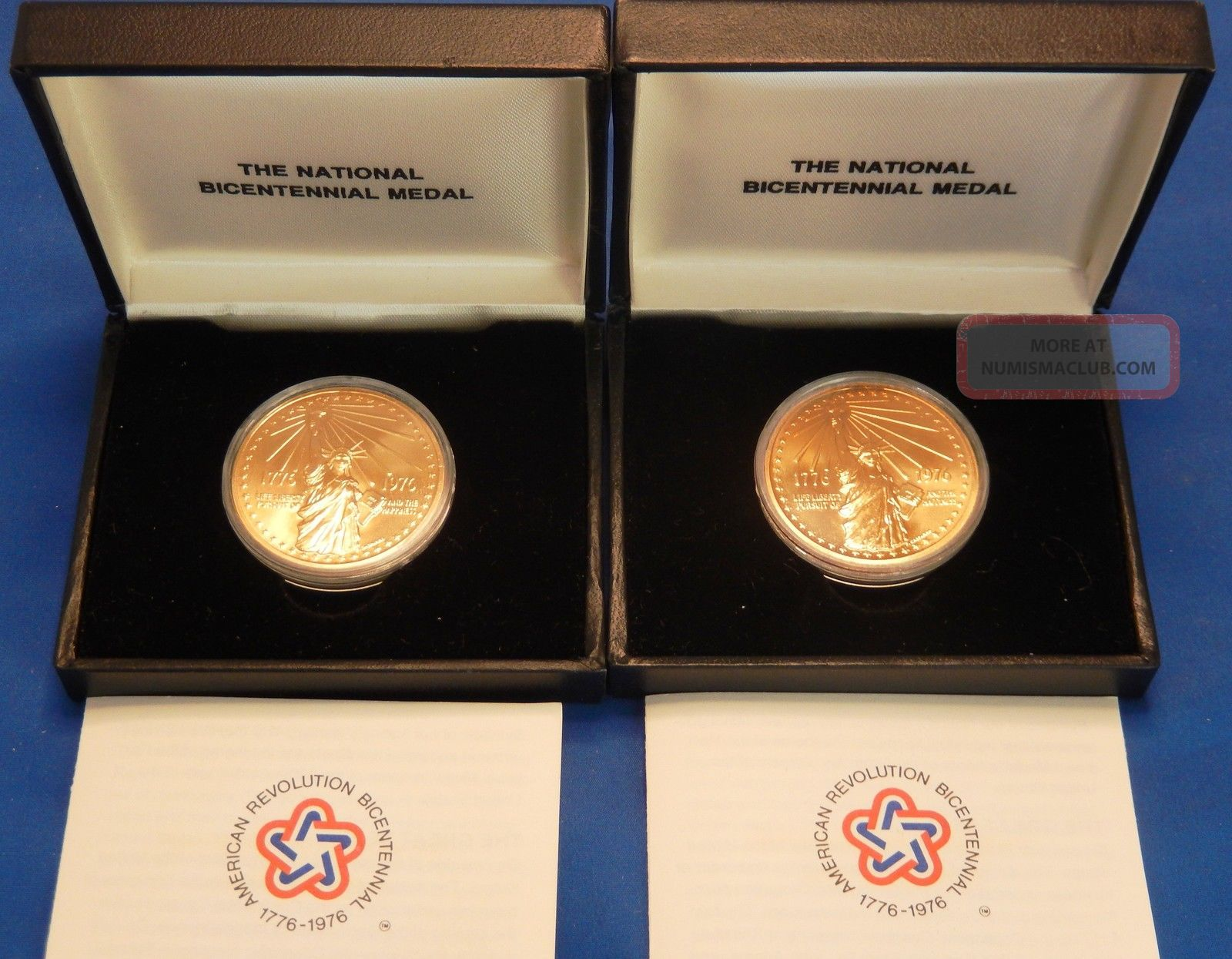 U.  S.  National Bicentennial Commemorative Medal - 1776 - 1976 Exonumia photo