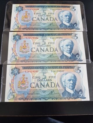 3 Consecutive Number Ch Unc 1972 $5 Bank Of Canada photo
