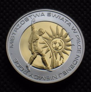 Silver 10 Zloty Coin Of Poland - 2006 Fifa World Cup Soccer Germany  Ag Au photo