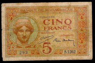 Madagascar - 1937 - 5 Francs - P35 - F/fine photo