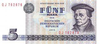 Germany East 5 Mark 1975 Series Qj Uncirculated Banknote E517jq photo