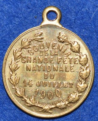 Medal 1900 France,  Souvenir De La Grande Fete Du 14 Juliett 1900 photo