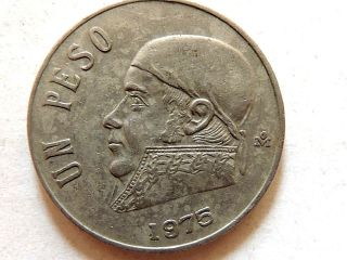 1975 Mexican Un (1) Peso Coin photo