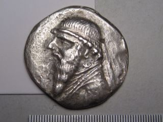 Parthia Empire: Mithradates Ii,  123 - 88 Bc.  Silver Drachm.  Sellwood - 26.  6 photo