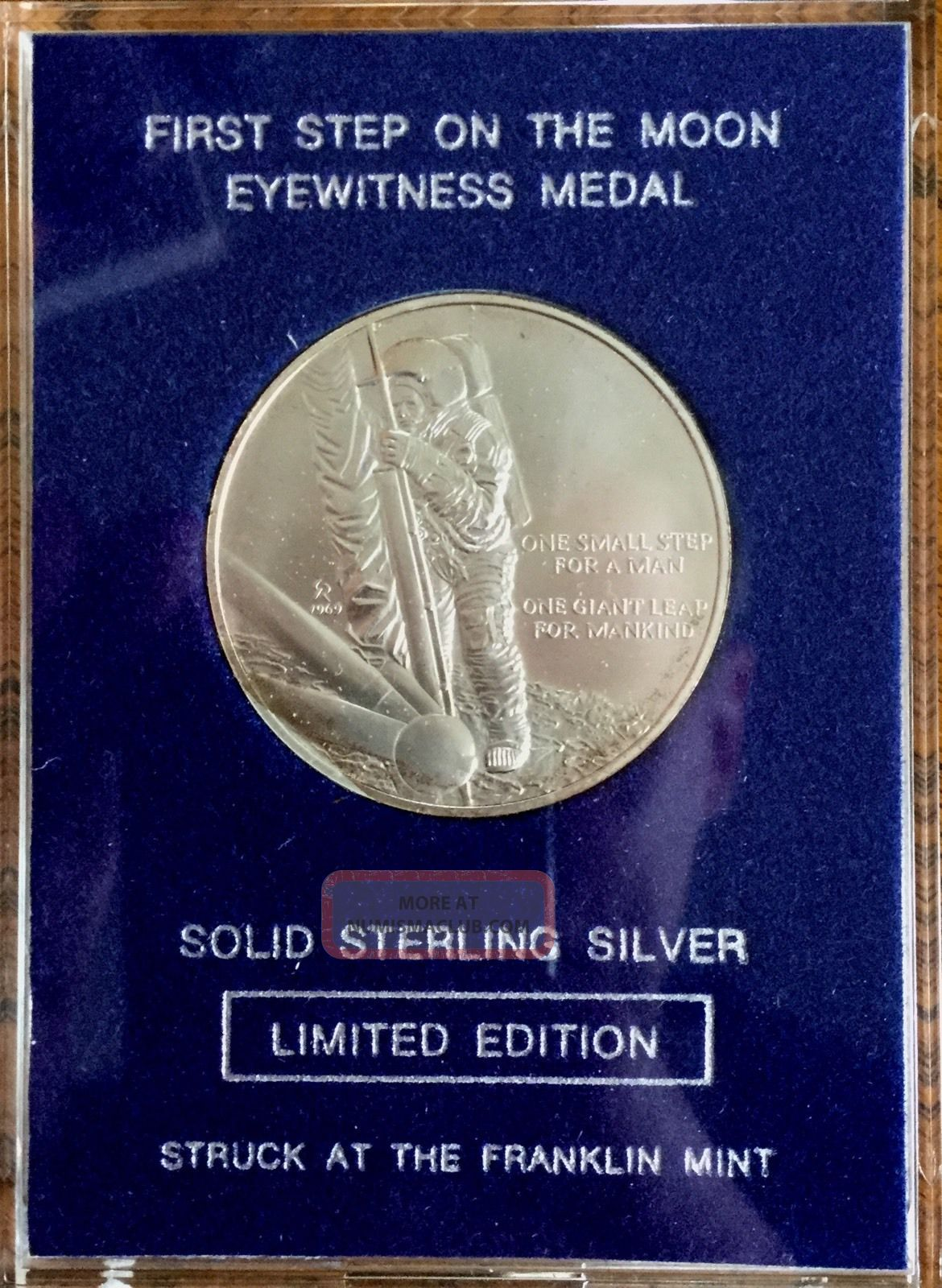 Franklin ' First Step On The Moon ' Eyewitness Sterling Silver Medal