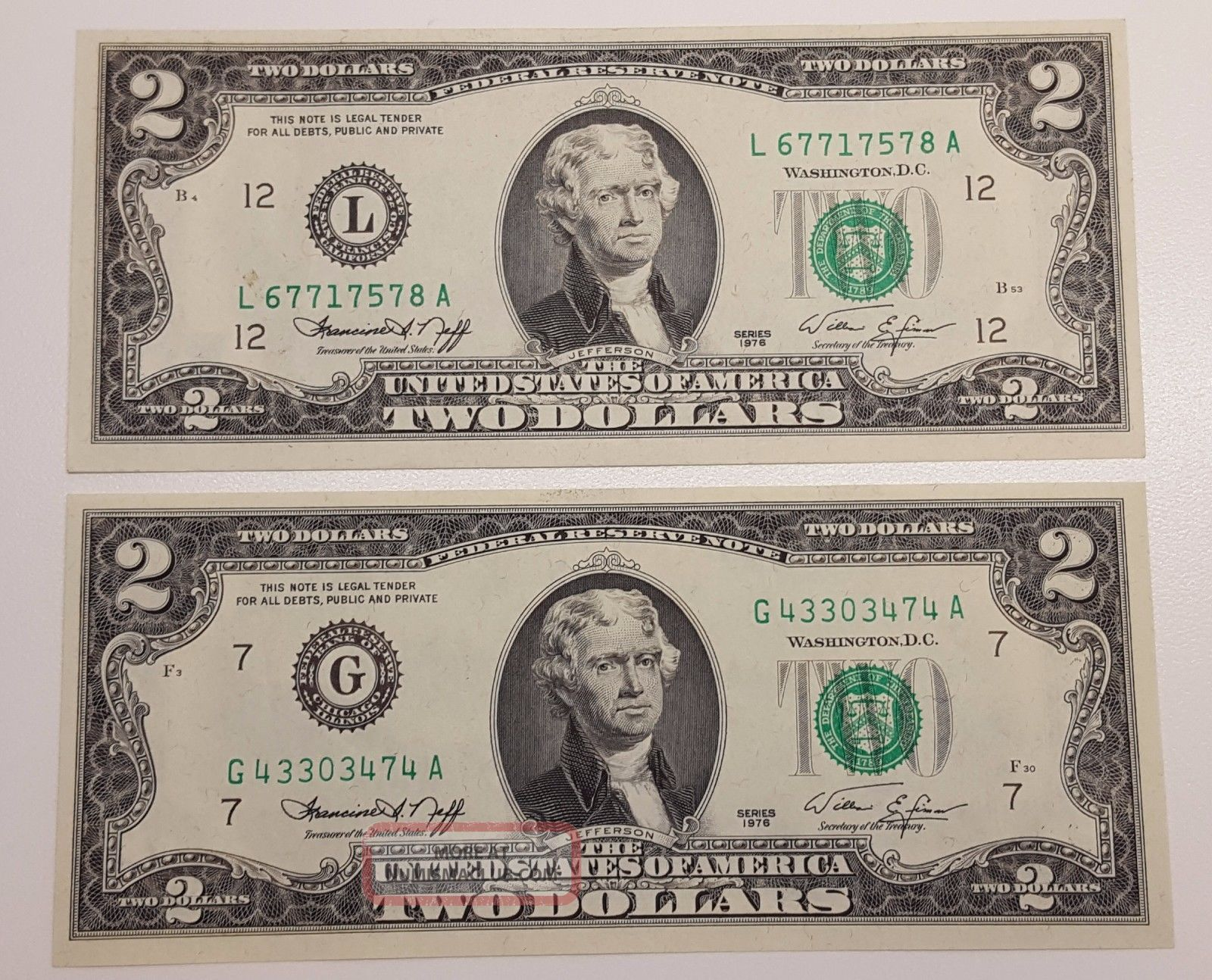 (2) 1976 Us 2 Dollar Bill Note Green Seal Crisp Uncirculated Small Size Notes photo