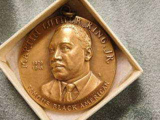 Medallic Art Martin Luther King Jr.  High Relief Bronze Medal photo