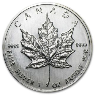 1989 Canadian Silver 1 Oz.  9999 Fine Silver Maple Leaf Still Uncirculated photo