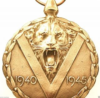 Mighty Victorious Lion Of Wwii - Antique Bronze Art Medal Pendant photo