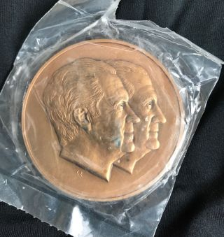 1973 Richard Nixon - Spiro Agnew Inaugural Medallion,  Gilt Bronze photo