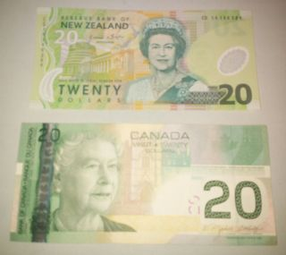 Canada & Zealand: Banknote - 2 X 20 Dollars,  One Polymer - Unc (45) photo