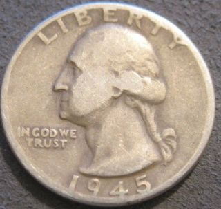 - 1945 P Washington Quarter // 90 Silver // Mc 646 photo