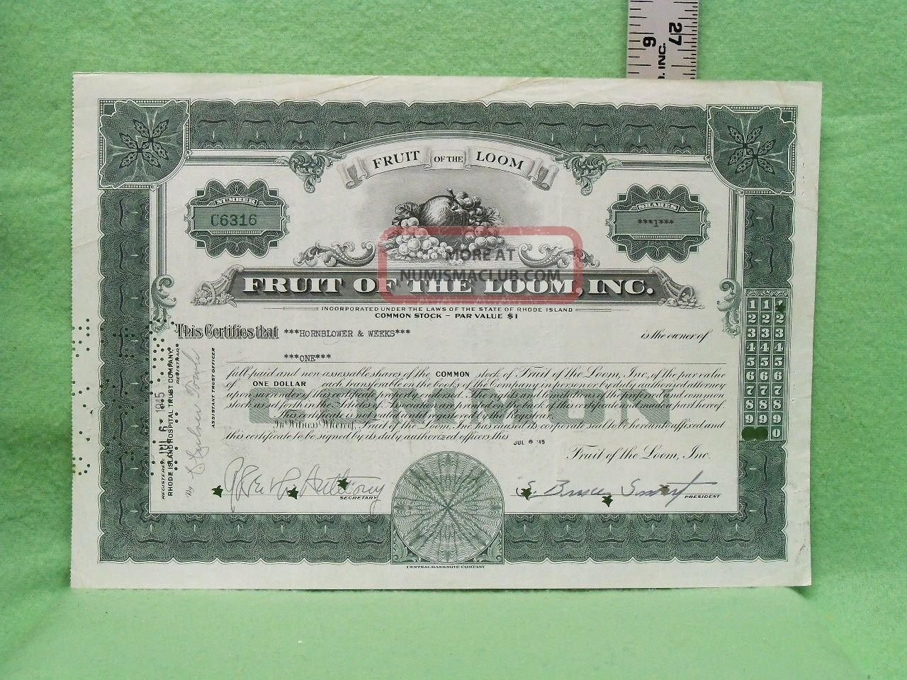 Fruit Of The Loom,  Inc.  1945 Common Stock 1 Shares Certificate Near Stocks & Bonds, Scripophily photo