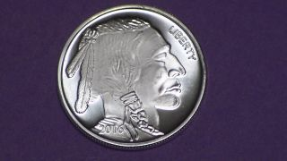 1 Oz.  999 Pure Silver Round.  Indian Head On Face & Buffalo On Rev photo
