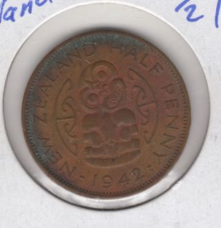 Zealand 1/2 Penny,  1942,  World Coin photo