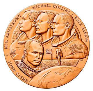 John Glenn Jr Medallion Bronze Coin & Apollo 11 Nasa Moon Astronauts photo