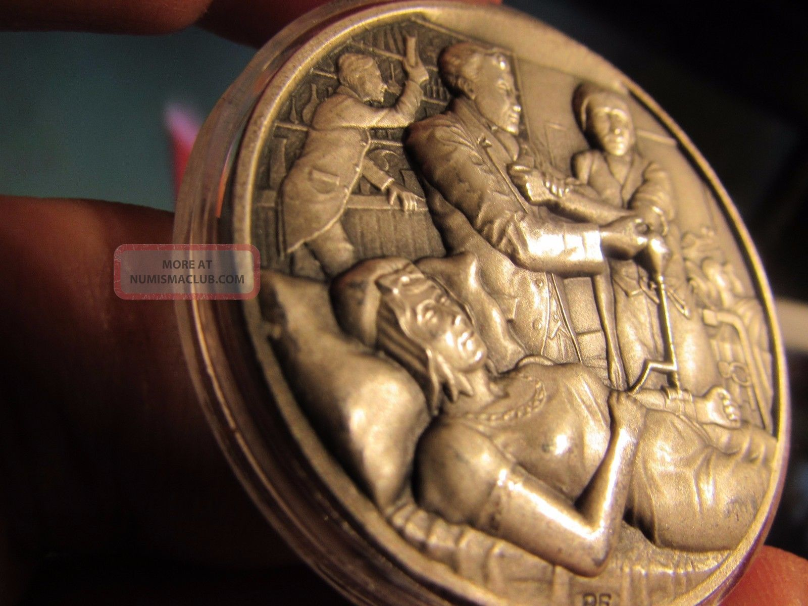 Rare 55 Gr.  999 Silver High Relief Medallic Art Co,  History Of Surgery,  700 Only Exonumia photo