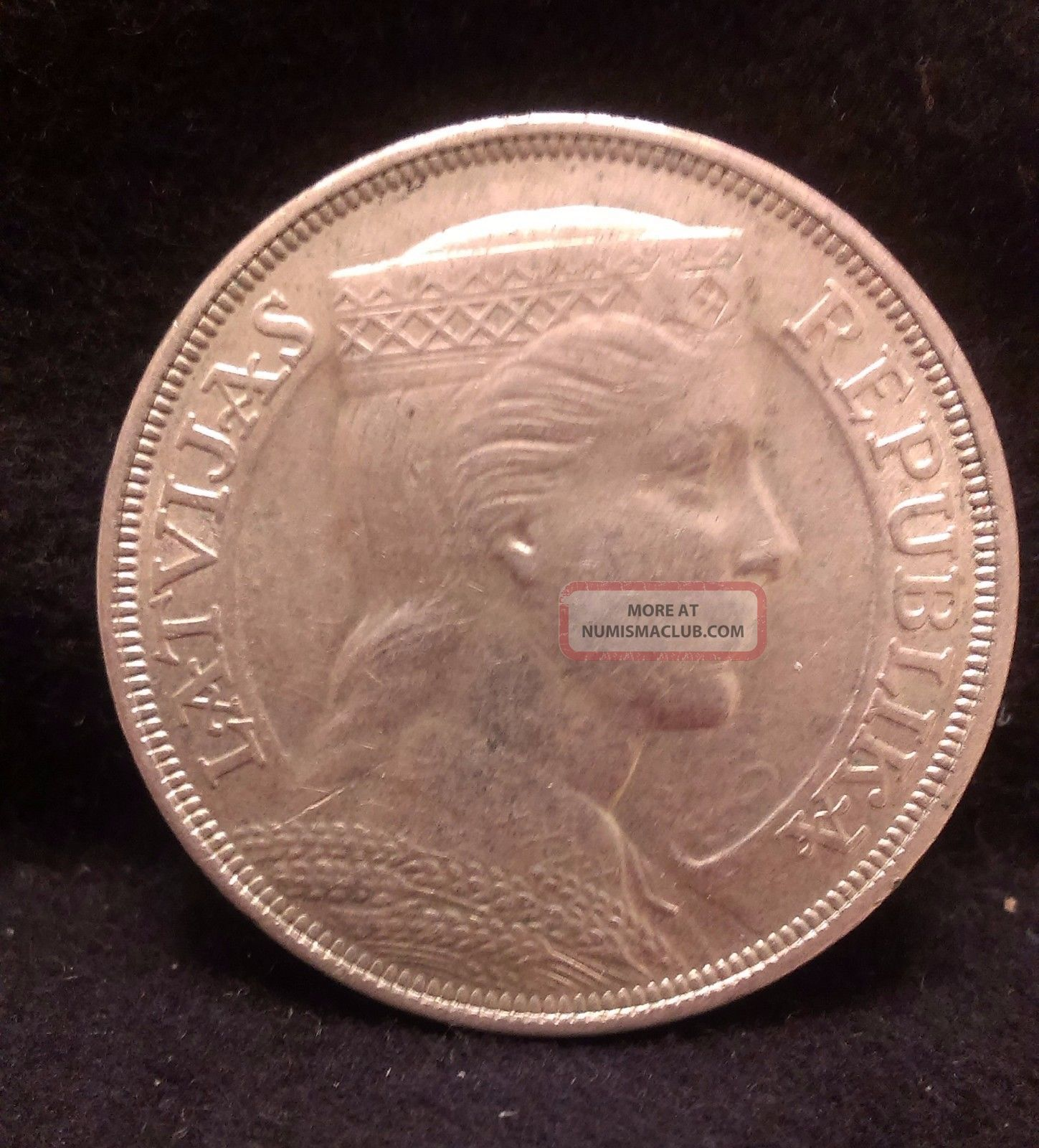 1931 Latvia Silver 5 Lats,  Large Crown Sized Coin,  Decent Grade,  Km - 9 Europe photo