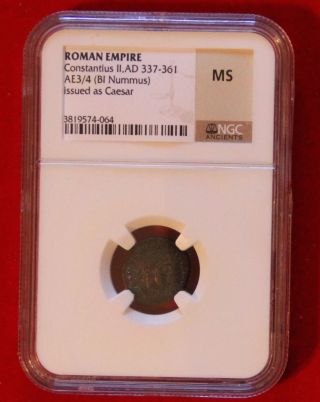 Uncirculated Ancient Roman Empire Constantius Ii Ad337 - 361 Caeser / Standards photo