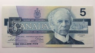1986 Canada Five 5 Dollars Foj Series Bill Note Uncirculated Banknote B028 photo