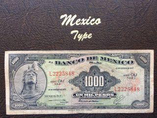 1000 Peso Mexico Banknote 1977 CuauhtÉmoc photo