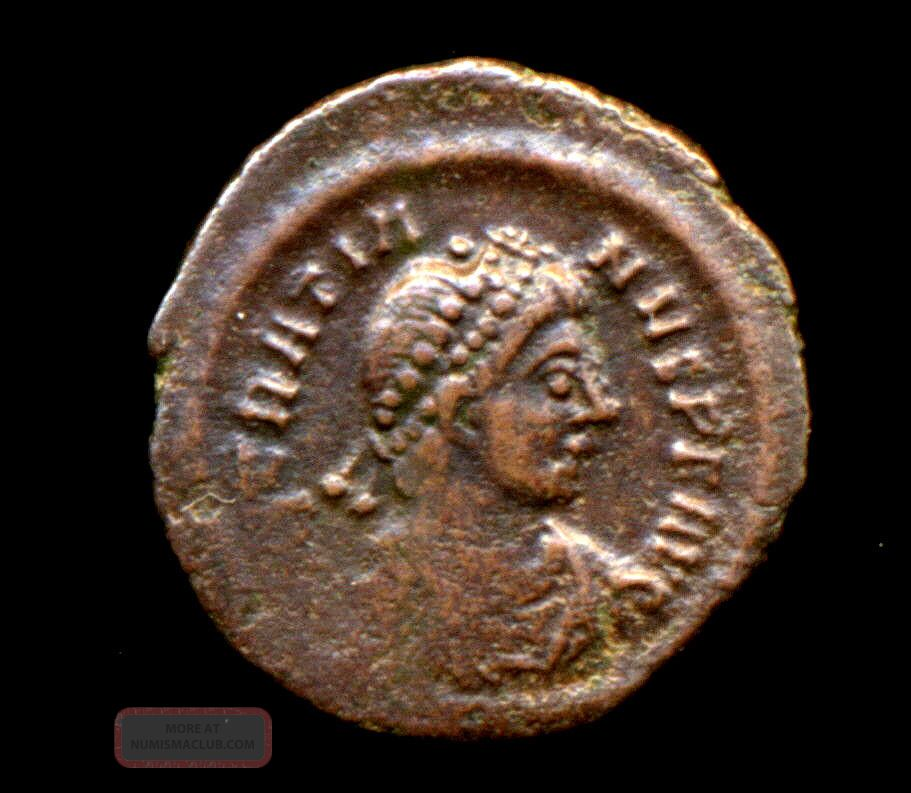 461 - Indalo - Gratian.  Ae14.  Constantinople.  C.  378 - 383 Ad.  Ric.  - Coins: Ancient photo