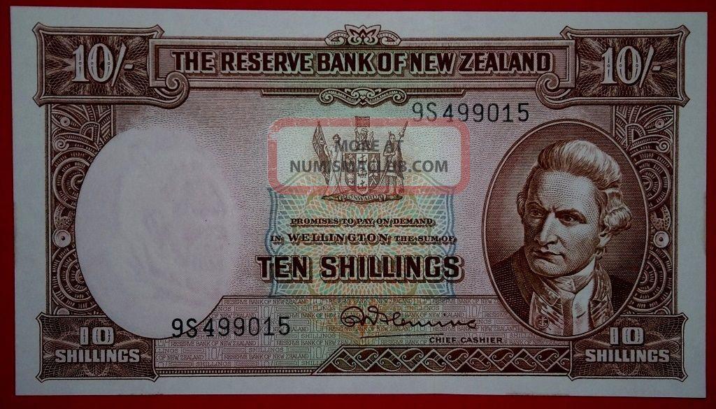 Zealand 1940 - 1967 10 Shillings Unc Note. Australia & Oceania photo